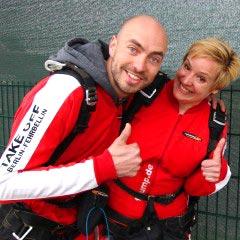 TAKE OFF Fallschirmsprung - Gäste Romy & Felix vor dem Sprung