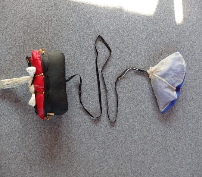 33-Fallschirm-Verpackungsstufen-02